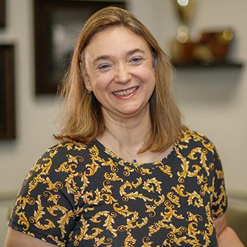 Potrait of Jones School of Law administrative specialist Lori Dixon.